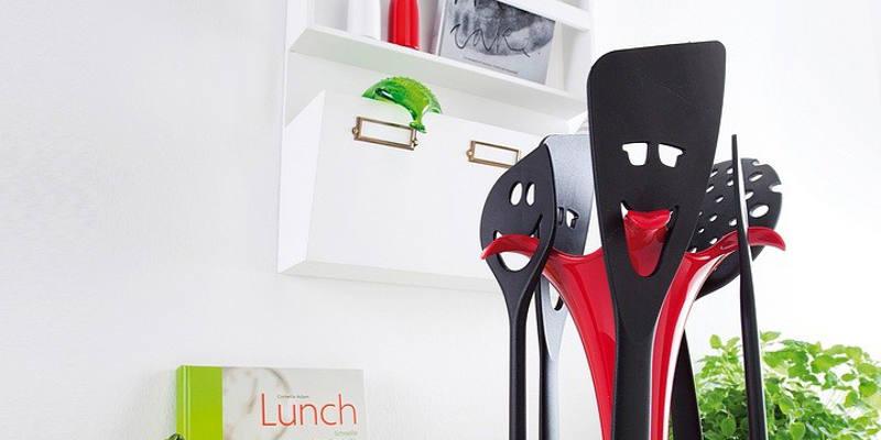 accessoires de cuisine en folie jeux 2 cuisine. Black Bedroom Furniture Sets. Home Design Ideas