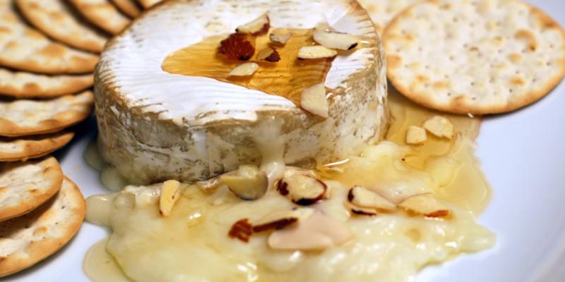 Recette camembert au four facile jeux 2 cuisine - Comment faire griller du pain au four ...