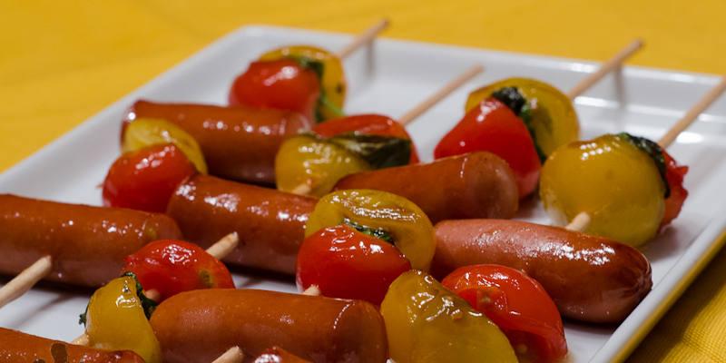 Recette mini brochettes de saucisses facile jeux 2 cuisine - Petites cuilleres aperitives pour apero sympa ...
